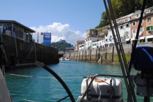 Entrance to inner harbour from Transito pontoon.